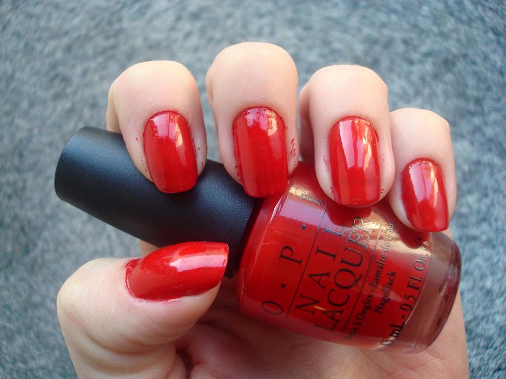 ''OPI Big Apple Red''